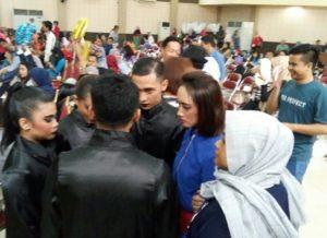 Berdoa terlebih dahulu sebelum tampil , Tim Swarakarya Insan Mandiri