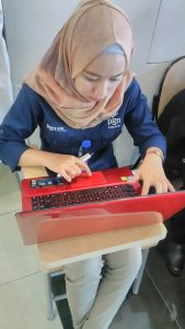 Anggi Prasisty Hidayat Peserta dari PT. PGN Sedang fokus menanti penampilannya